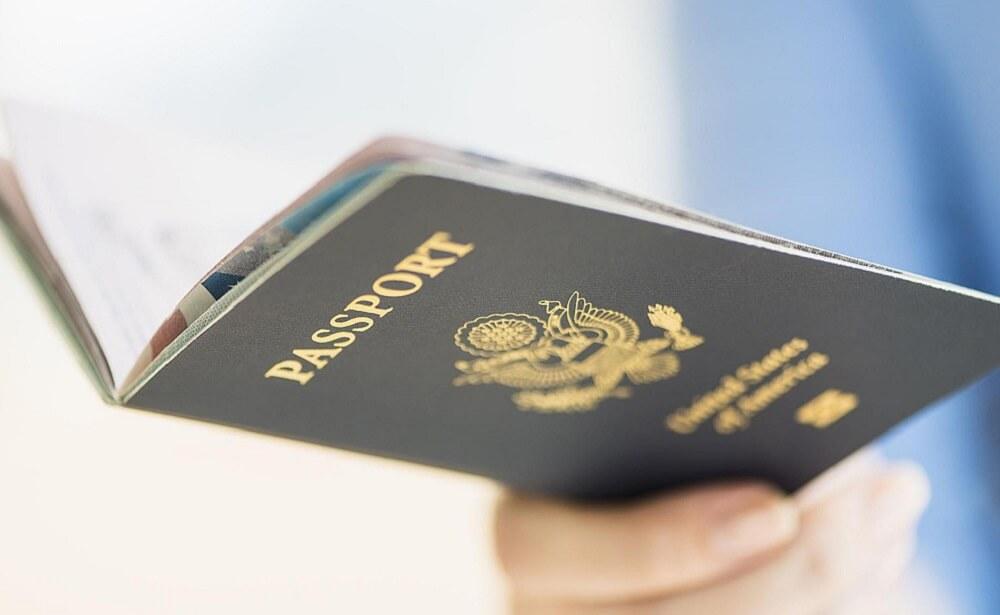 ابني يحمل الجواز الامريكي